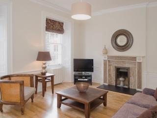 YS3 - Edinburgh vacation rentals