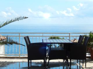 A/C sea view double bedroom - Dubrovnik vacation rentals