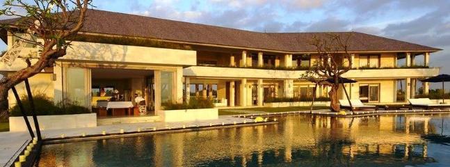 Beautiful Villa with Safe and Television - Tegalmengkeb vacation rentals