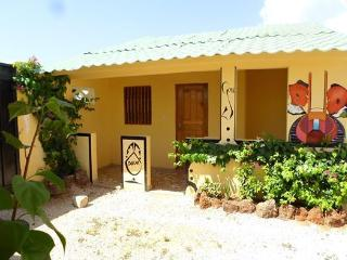 Nice Villa with Internet Access and Cleaning Service - Popenguine vacation rentals
