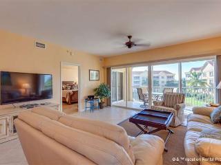 Bella Lago 434, 3 Bedroom, Elevator, Gym, Heated Pool - Fort Myers Beach vacation rentals