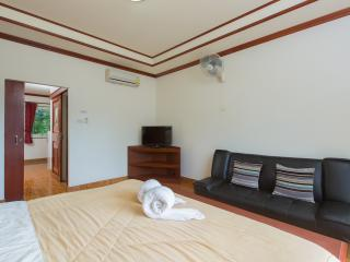 1 bedroom apt for 4 guests 55m2 - Patong vacation rentals