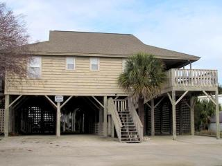 "2703 Neptune St. - ""Briarwood by the Sea"" - Edisto Beach vacation rentals"