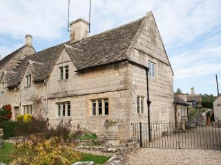 Charming Cotswold cottage with character and style - Bibury vacation rentals