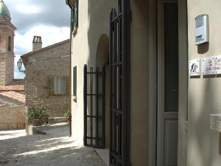 Le Case Antiche - La Casa di Via San Francesco - Verucchio vacation rentals