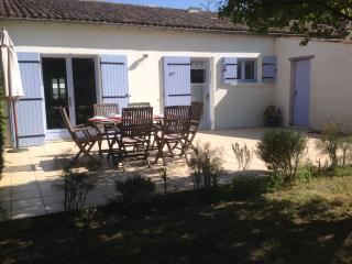 Nice Cottage with Internet Access and Satellite Or Cable TV - Saint-Romain-de-Benet vacation rentals