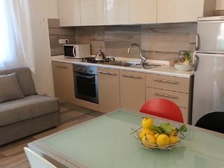 Residence Diffuso Arcobaleno Villa Rina 01 - Gabicce Mare vacation rentals