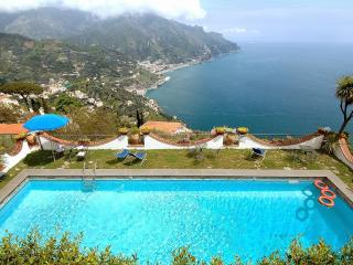 Little Dream with terrace, pool and sea view - Ravello vacation rentals