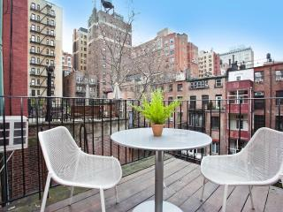 Grenwich Village Luxury 1 Bedroom with Balcony - New York City vacation rentals