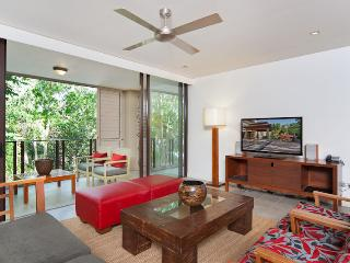 Luxury Apartment 213 @ Sea Temple Palm Cove - Palm Cove vacation rentals