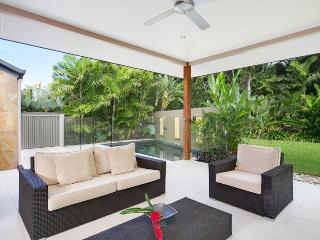 Bamboo 21 @ Palm Cove - Palm Cove vacation rentals