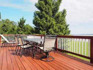 Beautiful 2 bedroom Vacation Rental in Stevensville - Stevensville vacation rentals