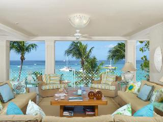 Luxurious 4 bedroom apartment, located on one of the most desirable beaches on the island - Paynes Bay vacation rentals