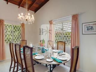 Attractive 4 bedroom villa, stunning sea views and private swimming pool - Sunset Crest vacation rentals
