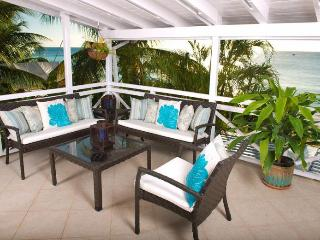 Stunning 2 bedroom 2 bathroom beach view home. Fully equipped kitchen and outdoor seating area - Paynes Bay vacation rentals