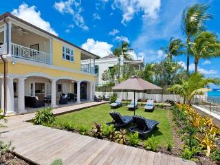 Stylish 5 bedroom villa located directly on the ocean - Weston vacation rentals