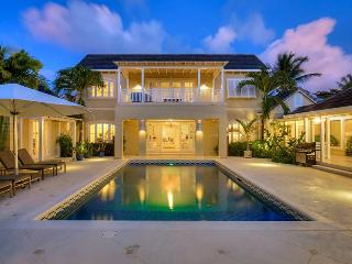 Beautiful 5 bedroom villa, beach access and brilliant view of the golf course - Sandy Lane vacation rentals
