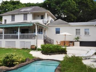 Essential 4 bedroom villa and self contained guest cottage. Outdoor dining and gardens - Saint Peter vacation rentals