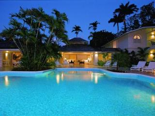 Beautiful 6 bedroom villa located in Sandy Lane, with direct access to the beach - Sunset Crest vacation rentals