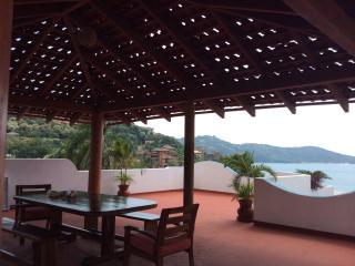 Casa Claro de luna Zihuatanejo Playa La Madera - Zihuatanejo vacation rentals
