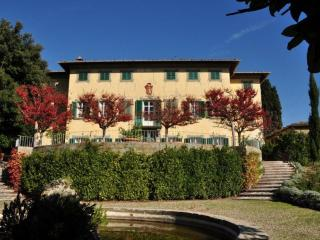 Lovely House with Internet Access and Central Heating - Mercatale Valdarno vacation rentals