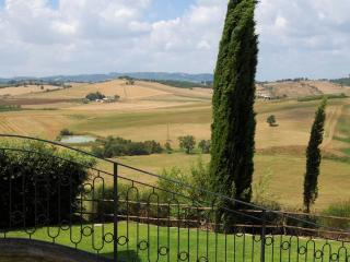 Nice House with Internet Access and Private Outdoor Pool - Cinigiano vacation rentals