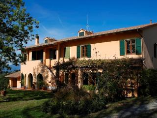 Nice 5 bedroom House in Forcoli - Forcoli vacation rentals