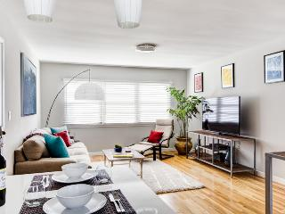 Sunny Designer Styled Venice Beach Luxury! - Los Angeles vacation rentals