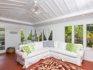 Lanikai Cottage - Kailua vacation rentals
