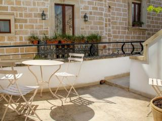 Comfortable 1 bedroom Galatone Apartment with Internet Access - Galatone vacation rentals