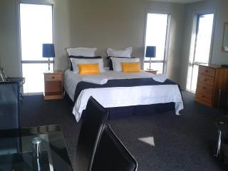 Waiuna B&B - Te Anau vacation rentals