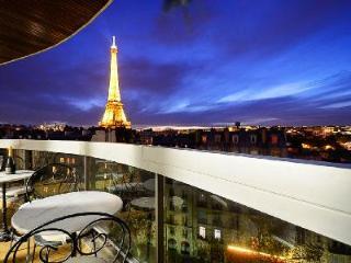 Eiffel Tower Avenue Rapp, France - 7th Arrondissement Palais-Bourbon vacation rentals