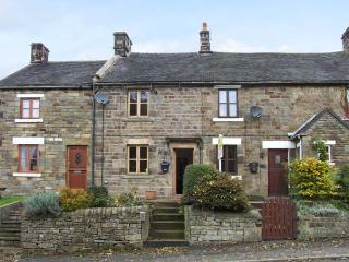 TOWN HEAD 1837, mid-terraced cottage, freestanding bath, woodburner, off road - Longnor vacation rentals