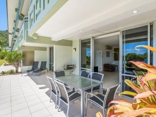 Bright Condo with A/C and DVD Player - Hamilton Island vacation rentals