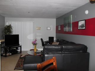 1 Bedroom Furnished Luxury Las Vegas Condo - Las Vegas vacation rentals