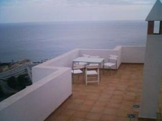 Maravillas Penthouse 2F - La Herradura vacation rentals