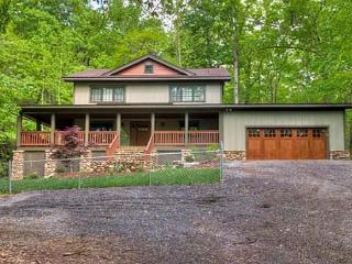Sloopy Hollow - Burnsville vacation rentals