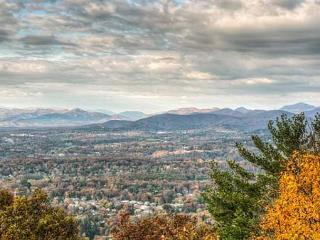 Spacious House with Deck and Internet Access - Asheville vacation rentals
