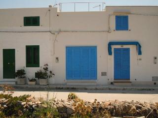 CASA DEI PESCATORI *Isola di Favignana - Favignana vacation rentals