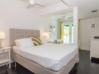 850 Ocean Drive 2 bedroom (unit 201) superior - Miami Beach vacation rentals