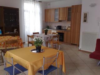 antica villa fine 800 ristrutturata vista lago - Dervio vacation rentals
