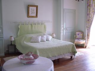 Chambre Verte - Senlis vacation rentals
