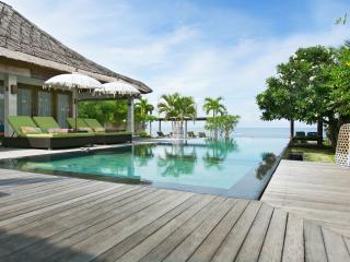 Villa Disana & Spa Beachfront Amed - Amed vacation rentals