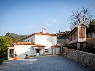 Cêrca dos Passais - Casa do Espigueiro A - Ponte da Barca vacation rentals
