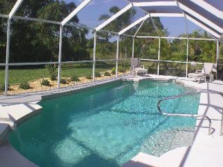 The Hawthorns Villa 4/4, Pool, spa, Private. - Rotonda West vacation rentals