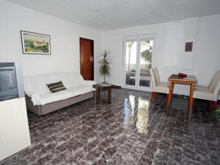 Apartment Movo 1 - Mandre vacation rentals