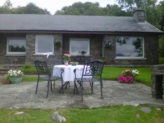 Caragh Heights Holiday Home - Free WiFi (limited) - Caragh Lake vacation rentals