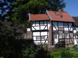 2 bedroom Cottage with Internet Access in Einbeck - Einbeck vacation rentals