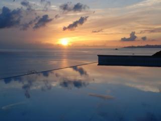 Villa Henson - 2 Bedrooms Sunset Views Pool, Spa - Colombier vacation rentals