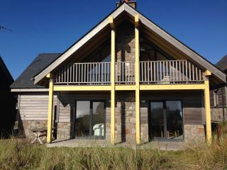 Lovely Cottage with Deck and Internet Access - Rhosneigr vacation rentals